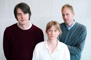 Vejde Gustafsson, Mia Degerman och Martin Frostner har redesignat Tecknaren. Foto: Jenny Gustafsson